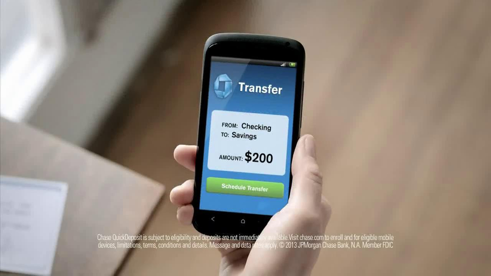 Chase Mobile App TV Spot, 'Baby' - Screenshot 8