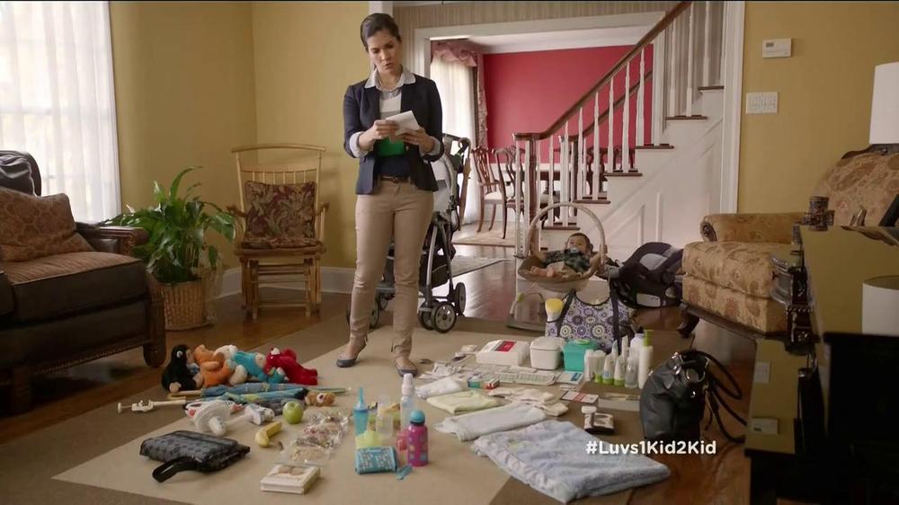 Luvs TV Spot, 'Park' - Screenshot 1