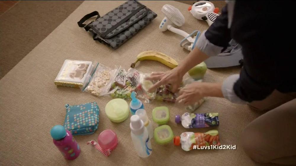 Luvs TV Spot, 'Park' - Screenshot 2