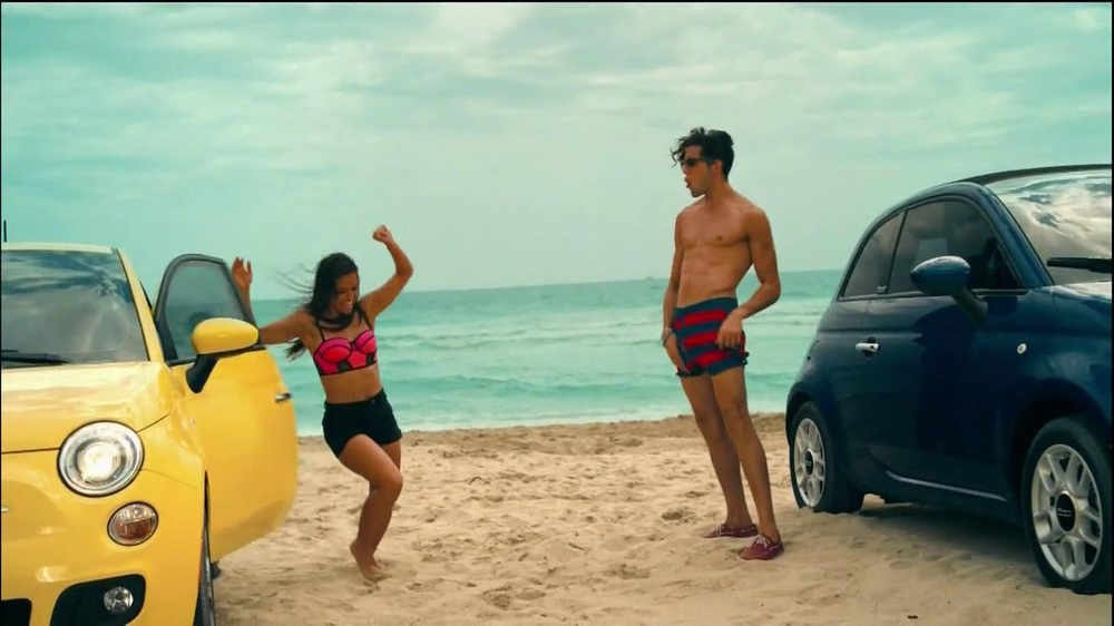 FIAT 500 TV Spot, 'At the Beach' Featuring Pitbull - Screenshot 8
