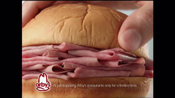 Arby's King's Hawaiian Roast Beef Sandwich TV Spot, 'It's Ono' - Thumbnail 5