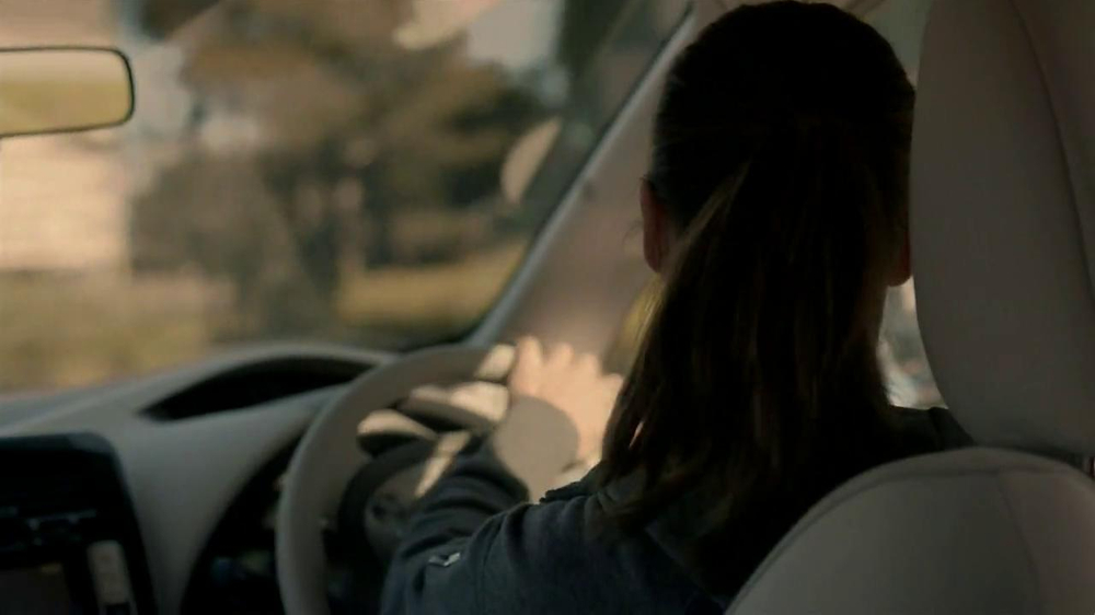 Nissan Leaf TV Spot, 'Drive the Future' Song by Bronze Radio Return - Screenshot 4