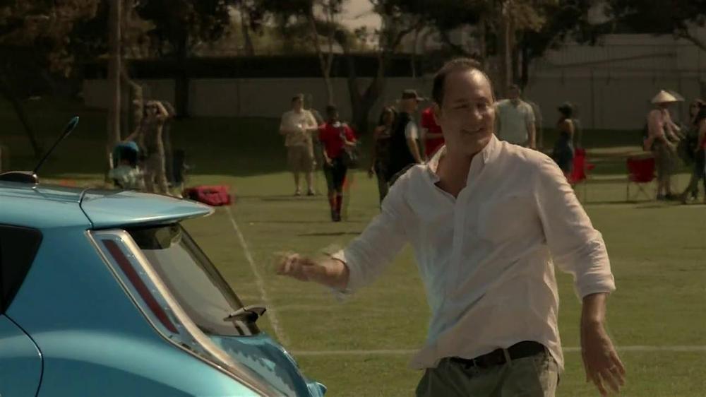 Nissan Leaf TV Spot, 'Drive the Future' Song by Bronze Radio Return - Screenshot 7