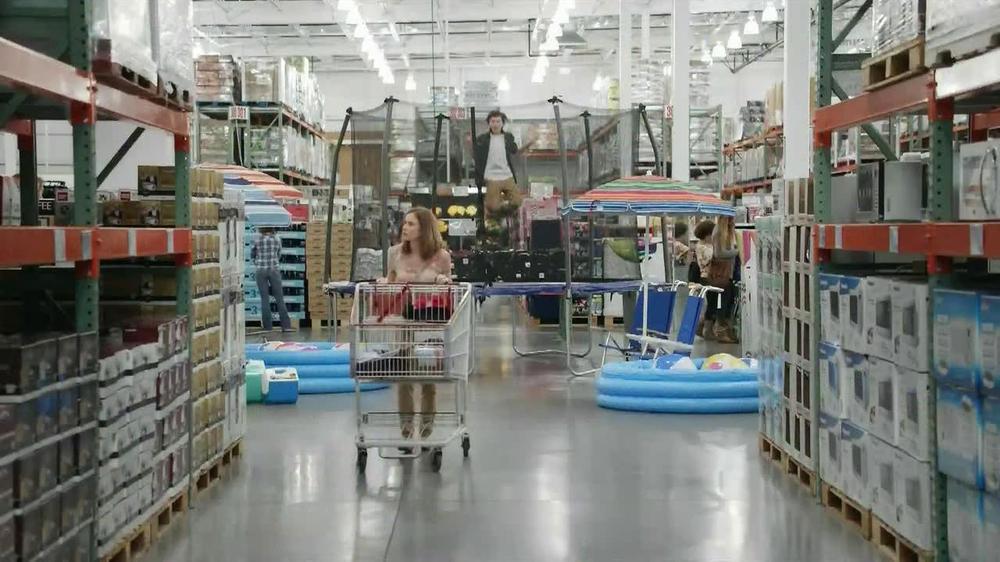 Oscar Mayer Selects TV Spot, 'Yes Food: Warehouse' - Screenshot 3