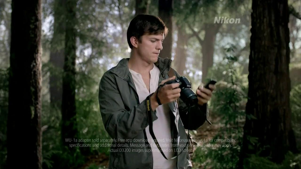 Nikon D3200 TV Spot Featuring Ashton Kutcher - Screenshot 3