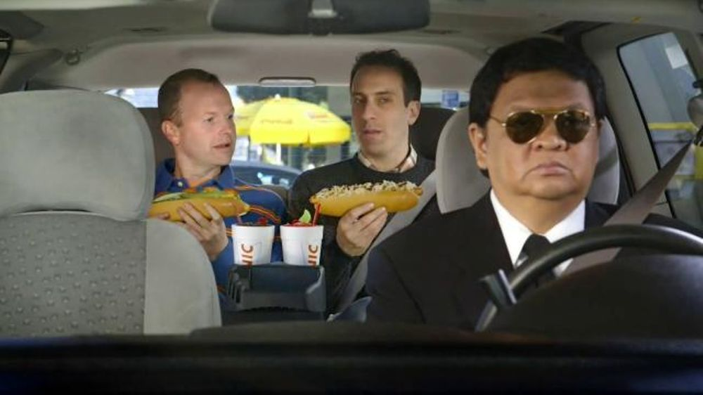 Sonic Drive-In Footlong Hot Dogs TV Spot, 'Limo Style' thumbnail