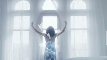 Glade Clean Linen TV Spot, 'Feel Fresh and New'