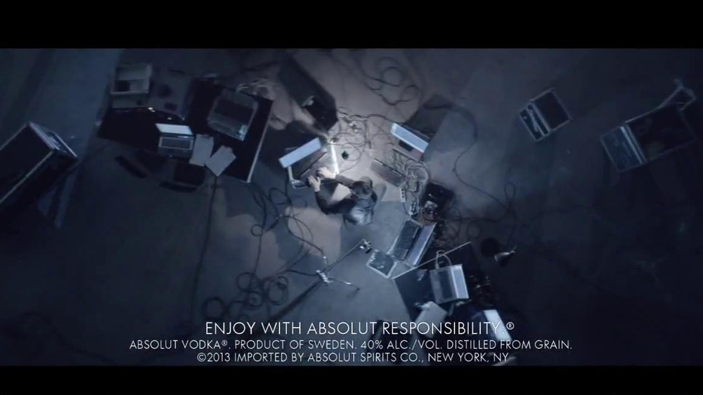 Absolut TV Spot, 'Transform Today' Song by Woodkid - Screenshot 6