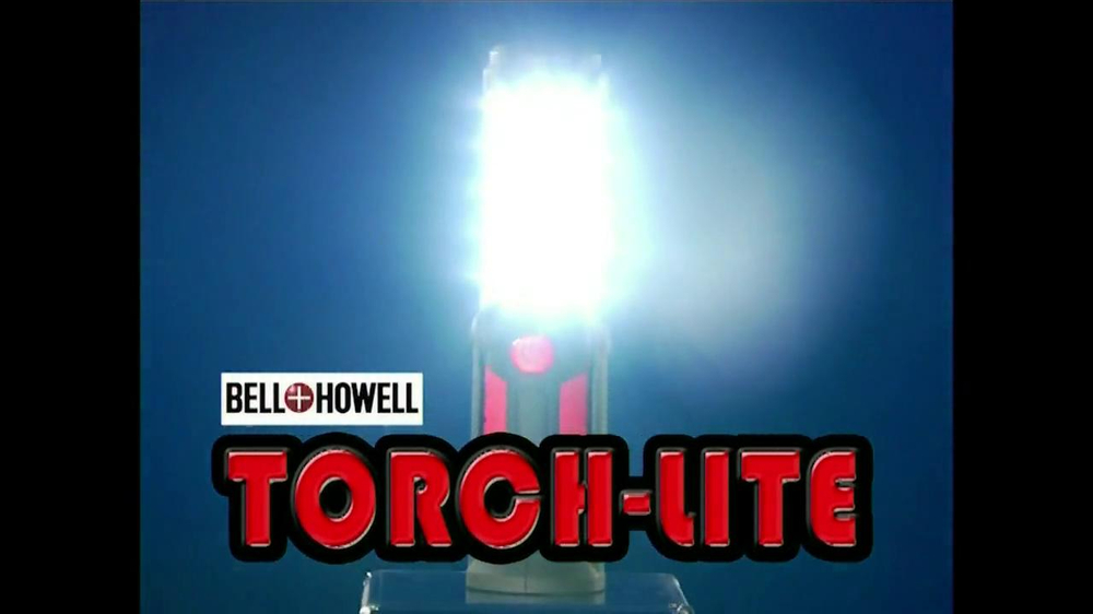 Bell + Howell Torch-Lite TV Spot - Screenshot 2