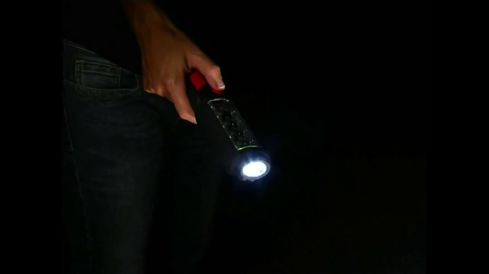 Bell + Howell Torch-Lite TV Spot - Screenshot 6