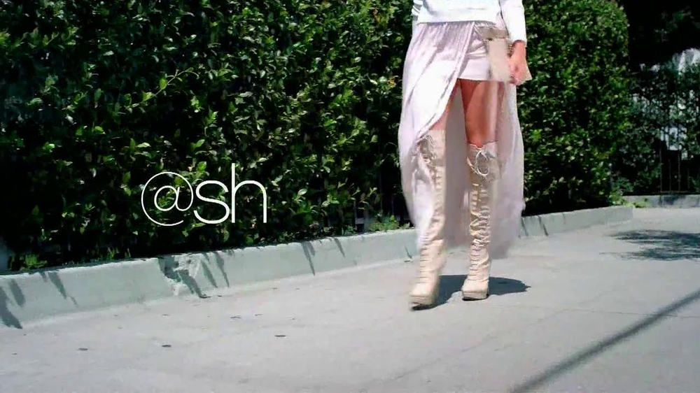 Shoedazzle.com TV Spot, 'High on Heels' Song by Karmin - Screenshot 8