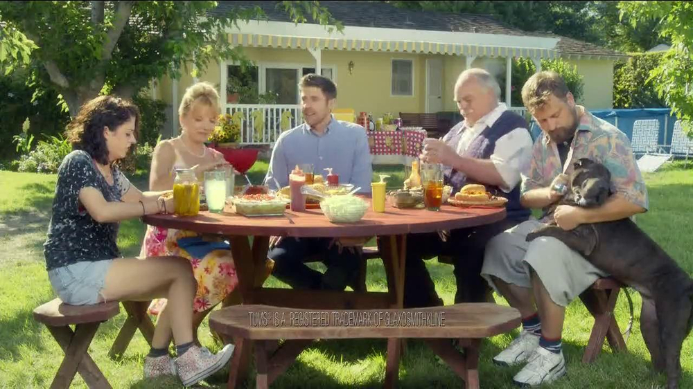 Pepcid Complete TV Spot, 'The Burns Family BBQ' Featuring Richard Riehle - Screenshot 2