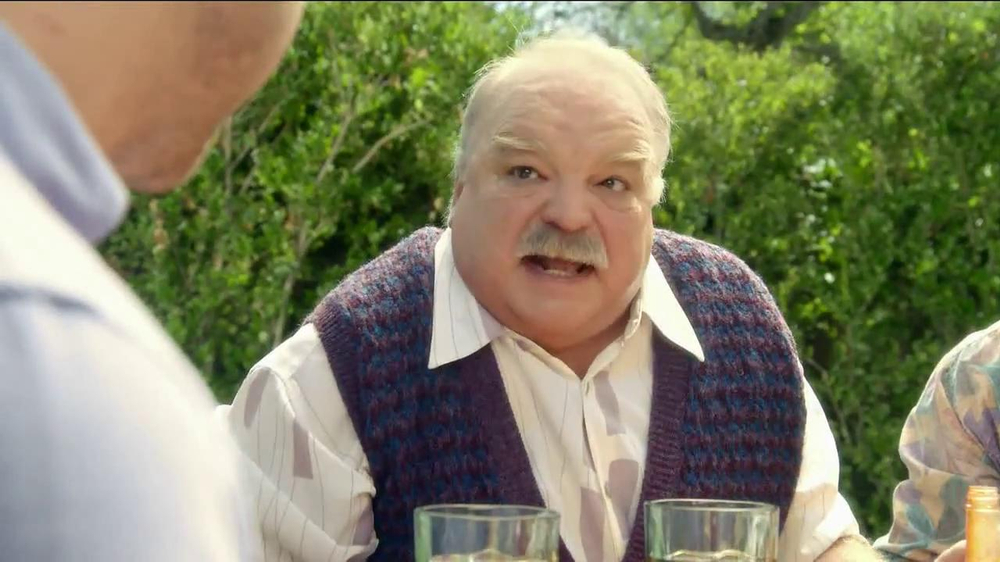 Pepcid Complete TV Spot, 'The Burns Family BBQ' Featuring Richard Riehle - Screenshot 6
