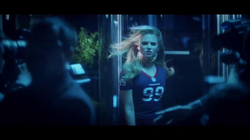 NFL Women's Apparel TV Spot, 'It Doesn't Matter' - Thumbnail 4