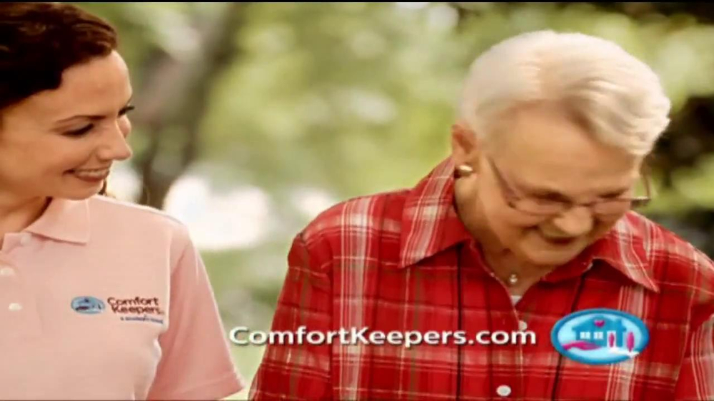 Comfort Keepers TV Spot, 'Use a Hand' - Screenshot 5