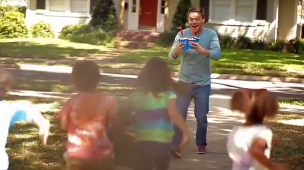 Dairy Queen Blizzards TV Spot, 'Buy One, Get One for 99 Cents' - Screenshot 4