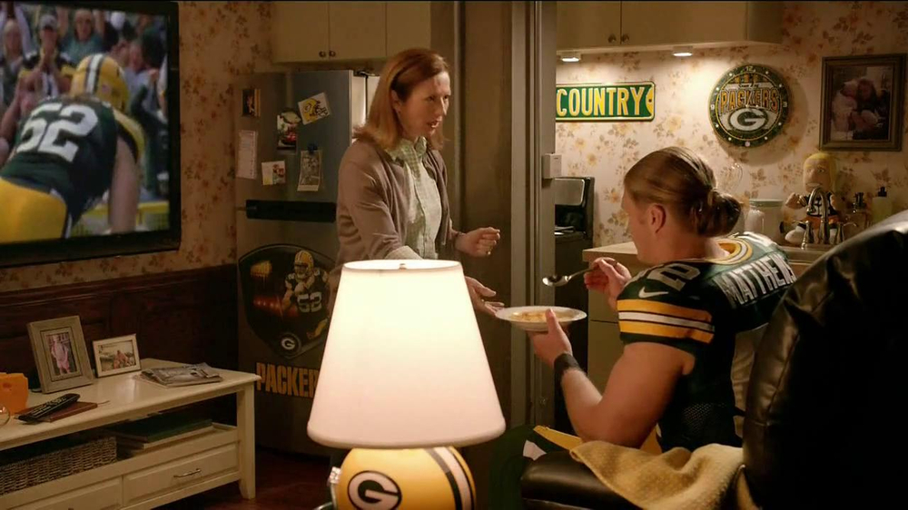 Campbell's Chunky Soup TV Spot, 'Souperstitious' Feat. Clay Mathews - Screenshot 6