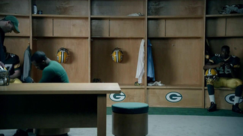 Campbell's Chunky Soup TV Spot, 'Souperstitious' Feat. Clay Mathews - Thumbnail 10