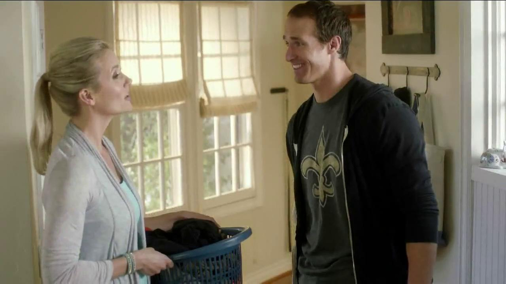 Tide TV Spot, 'NFL' Featuring Drew Brees - Screenshot 5