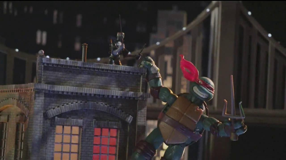 Teenage Mutant Ninja Turtles Super-Sized Battle Shell Turtles TV Spot - Screenshot 5