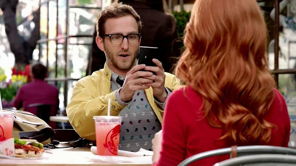 Wendy's Flatbread Grilled Chicken TV Spot, 'Have to Tweet it' - Screenshot 3