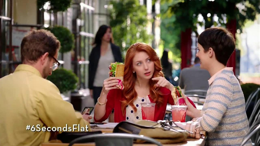 Wendy's Flatbread Grilled Chicken TV Spot, 'Have to Tweet it' - Screenshot 7