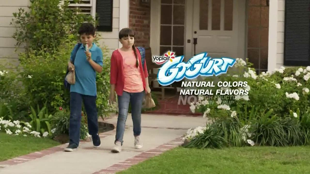 GoGurt TV Spot, 'Smokey Eye' - Screenshot 10