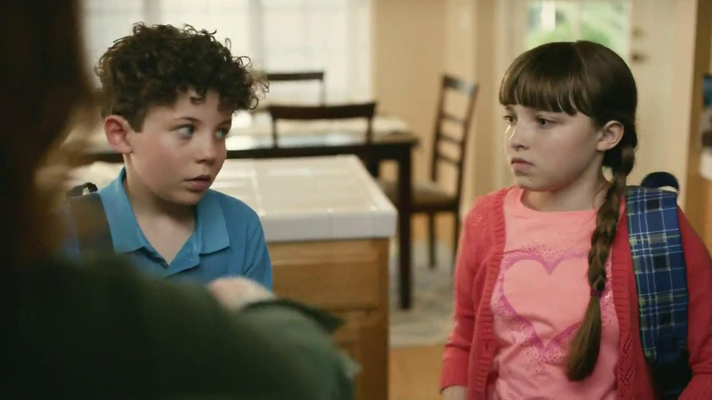 GoGurt TV Spot, 'Smokey Eye' - Screenshot 8