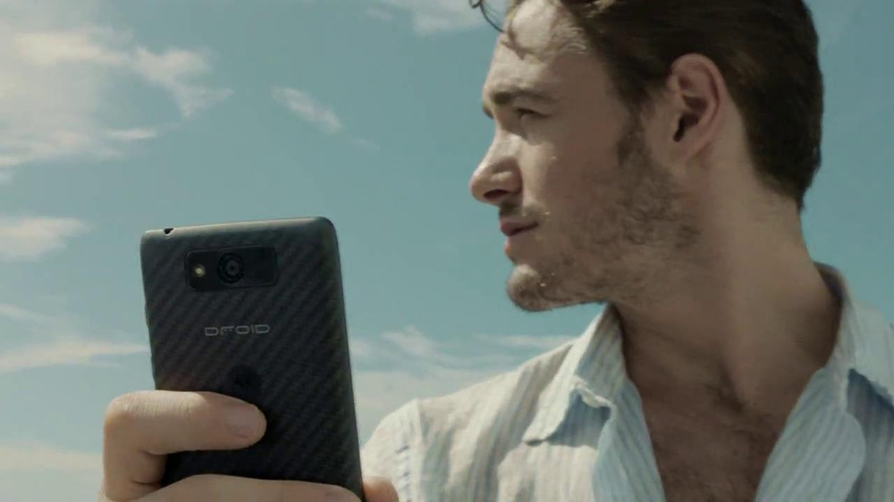 Verizon Droid Max TV Spot, 'Droid Max: Island' - Screenshot 9