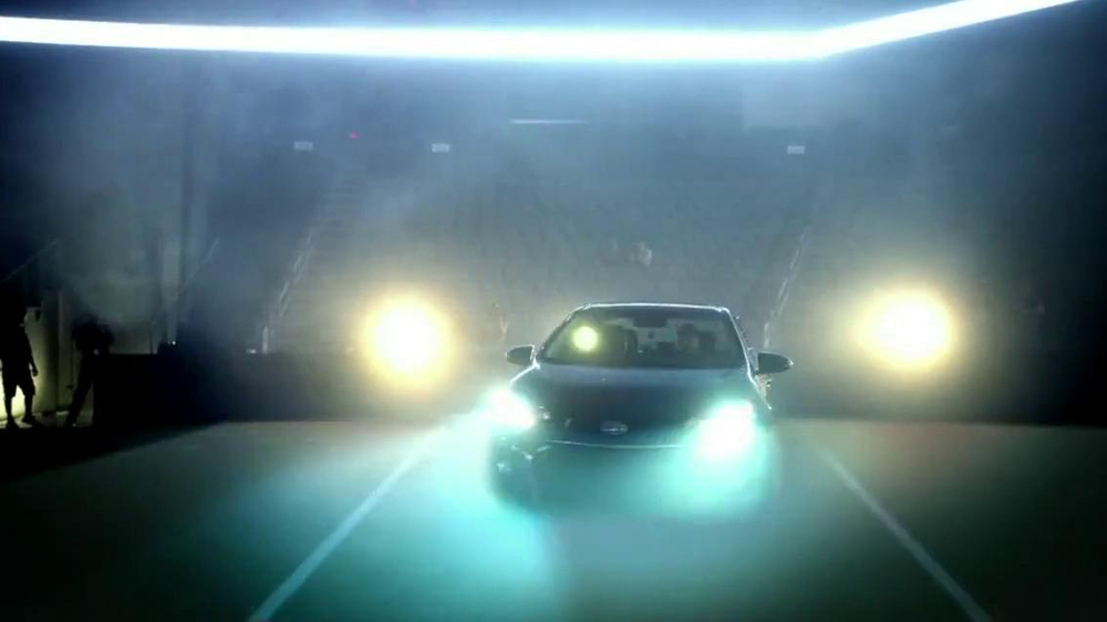 2014 Toyota Corolla TV Spot, 'Change the Game' - Screenshot 6