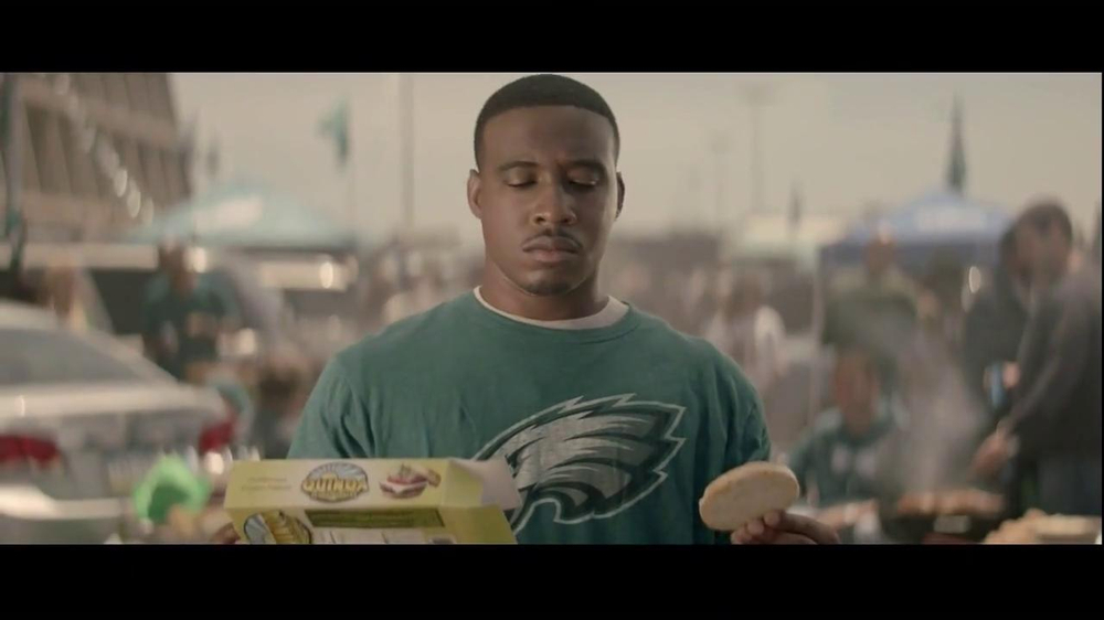 Bud Light TV Spot, 'Quinoa' Song by Stevie Wonder - Screenshot 6