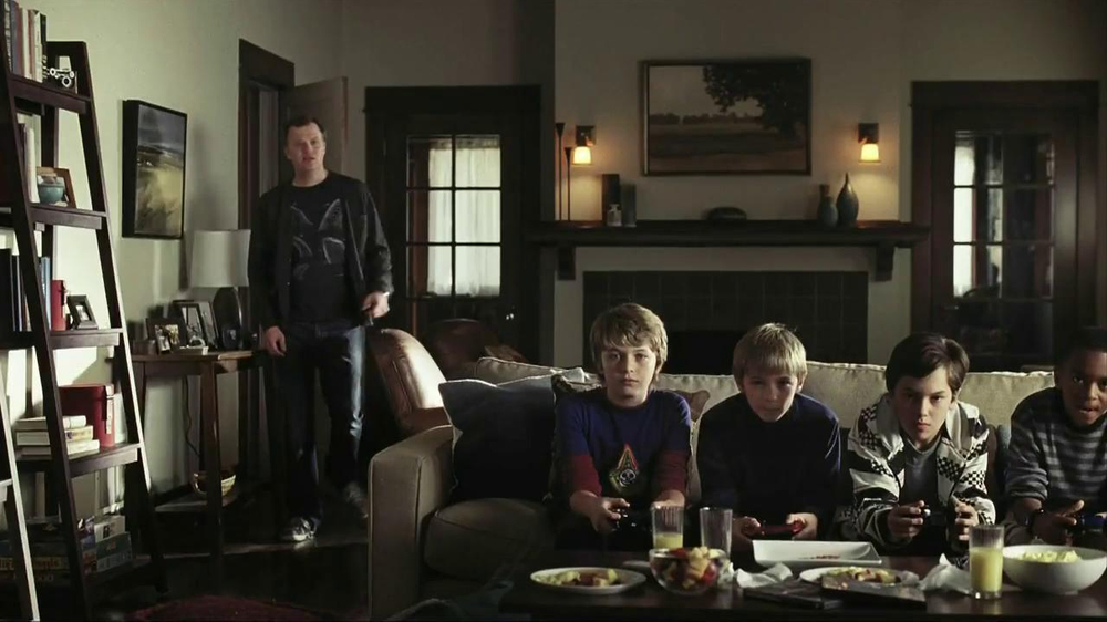 Oscar Mayer Naturally Hardwood Smoked Bacon TV Spot, 'Hip Dad' - Screenshot 1