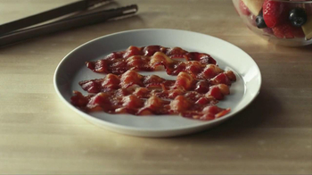 Oscar Mayer Naturally Hardwood Smoked Bacon TV Spot, 'Hip Dad' - Thumbnail 10
