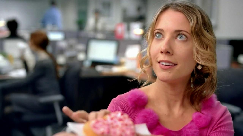 Dunkin' Donuts TV Spot, 'Office Valentine's Day' - Screenshot 1