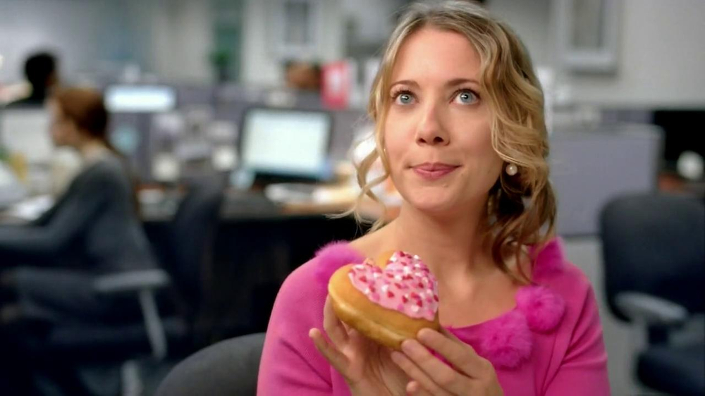 Dunkin' Donuts TV Spot, 'Office Valentine's Day' - Screenshot 3