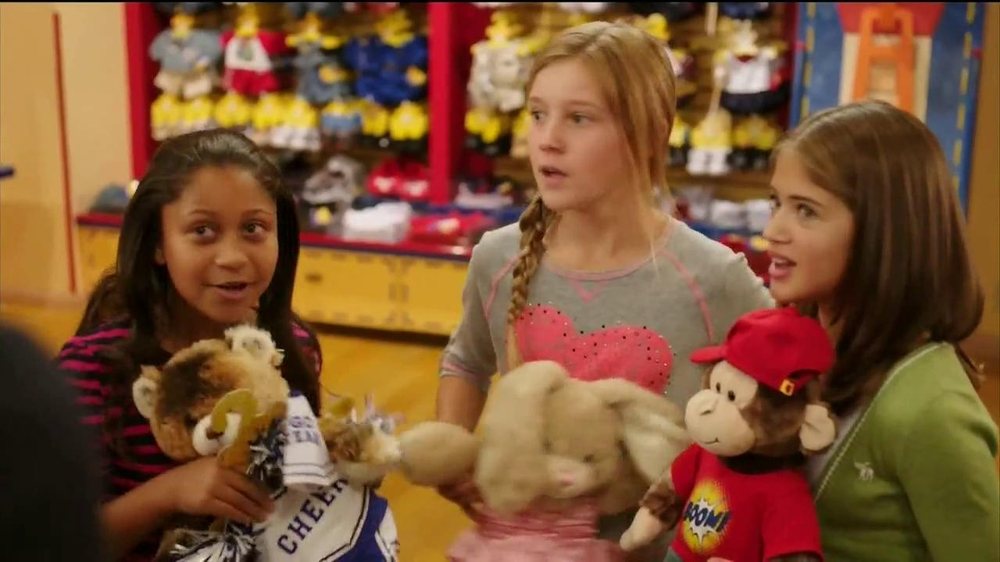 Build-A-Bear Workshop TV Spot Featuring Cody Simpson - Screenshot 2