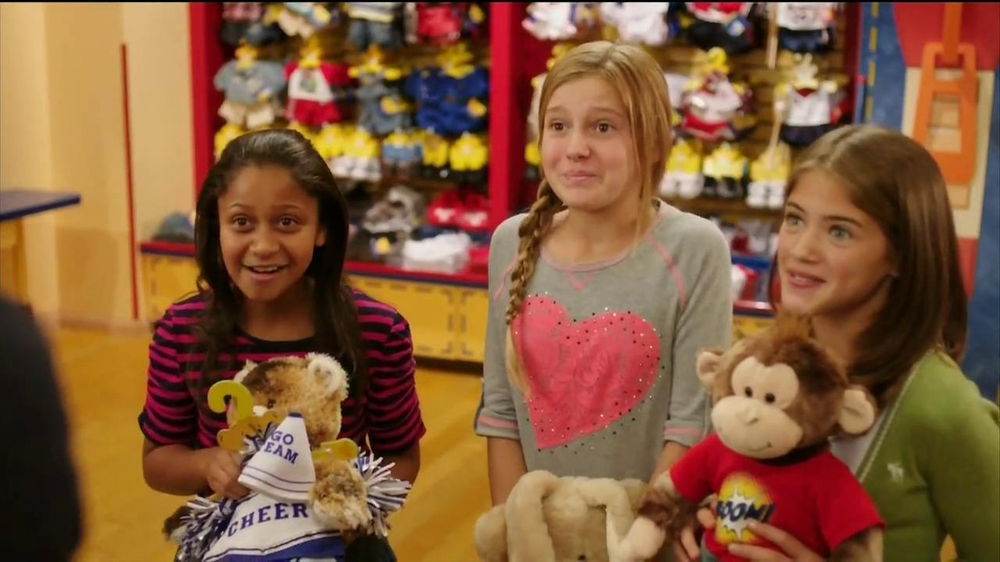 Build-A-Bear Workshop TV Spot Featuring Cody Simpson - Screenshot 5