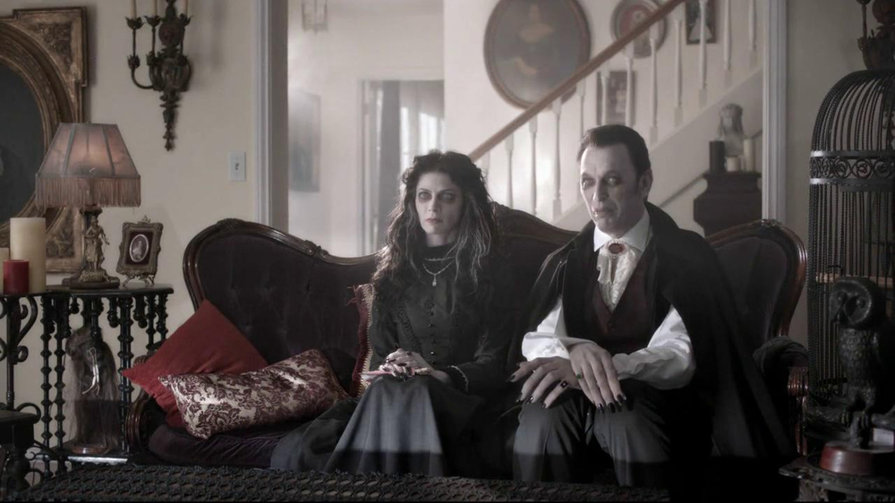Nutri-Grain Fruit Crunch Bar TV Spot, 'Dracula' - Screenshot 2