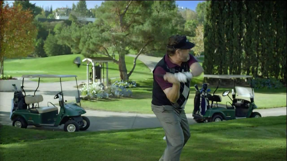 Alka-Seltzer Plus Severe Congestion and Cough TV Spot, 'Golf Cough' - Screenshot 2