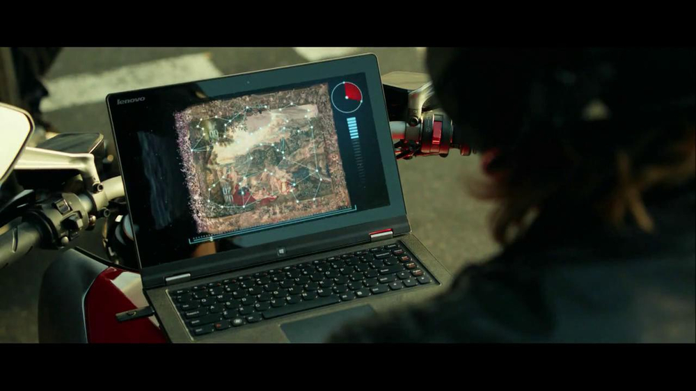 Lenovo Yoga TV Spot, 'Motorcycle Escape' - Screenshot 8