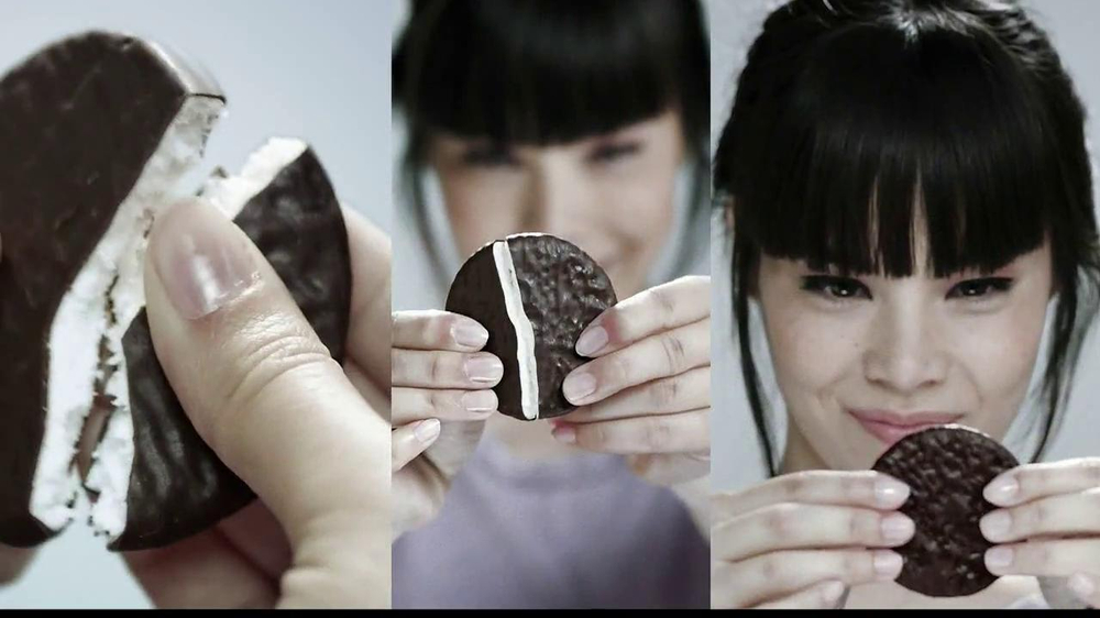 YORK Peppermint Pattie TV Spot, 'Sensation' - Screenshot 2