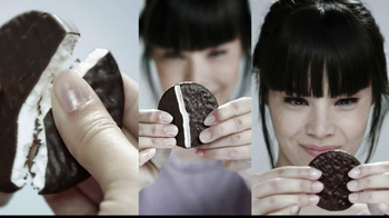 YORK Peppermint Pattie TV Spot, 'Sensation' - Thumbnail 2