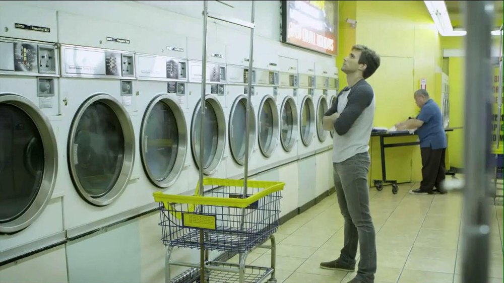 Speed Stick 2013 Super Bowl TV Spot, 'Unattended Laundry' - Screenshot 1