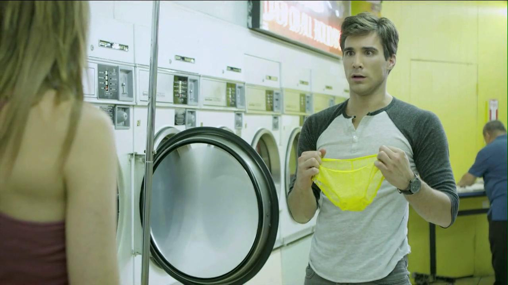 Speed Stick 2013 Super Bowl TV Spot, 'Unattended Laundry' - Screenshot 5