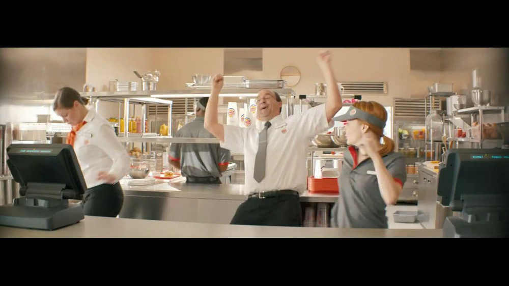 Burger King Whopper Jr. TV Spot, 'Dancing' - Screenshot 7