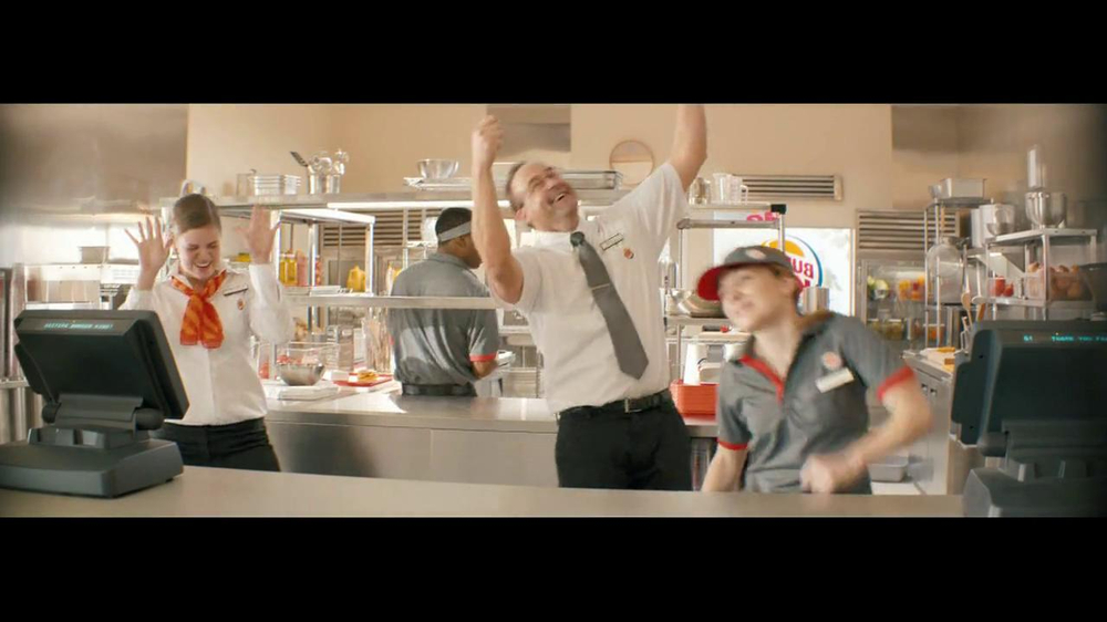 Burger King Whopper Jr. TV Spot, 'Dancing' - Screenshot 8