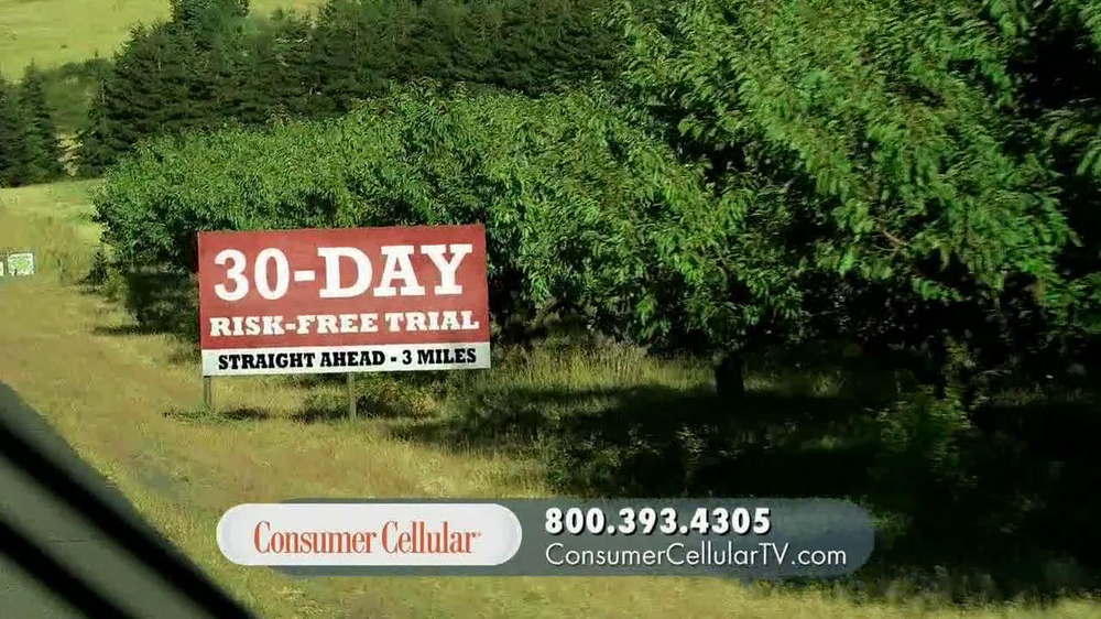 Consumer Cellular TV Spot, 'On the Road with Connie and Jack' - Screenshot 6