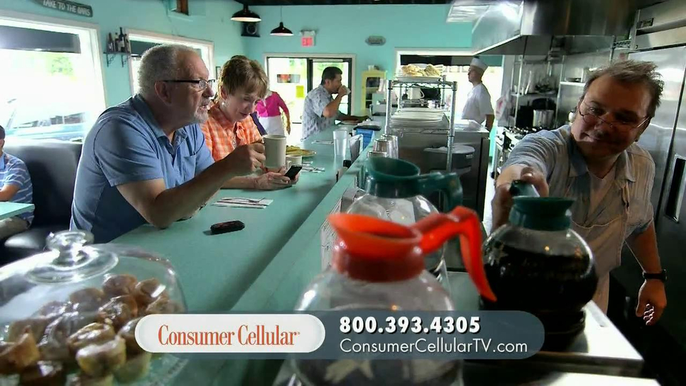 Consumer Cellular TV Spot, 'On the Road with Connie and Jack' - Screenshot 7