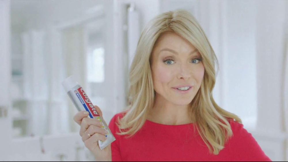 Colgate Total Adavanced TV Spot, 'You Can Do It' Featuring Kelly Ripa - Screenshot 8