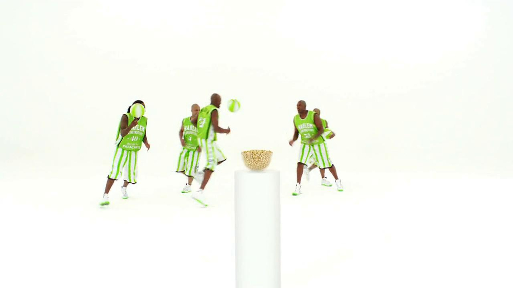 Wonderful Pistachios TV Spot Featuring The Harlem Globe Trotters - Screenshot 1